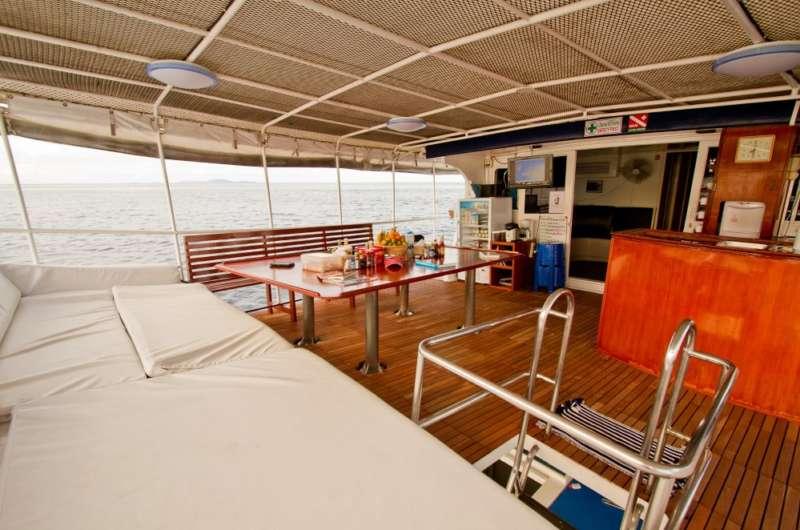 Upper_deck